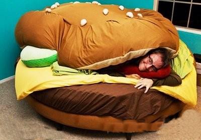 Hamburger_Bed_1