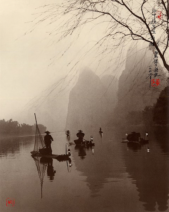 Don Hong-Oai  -night-boats-lamps 00