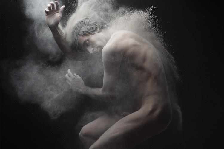 Olivier Valsecchi  i-dust-11-2009