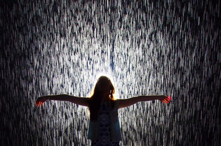 MOMA-Rain-Room-2-horizontal [1280x768]