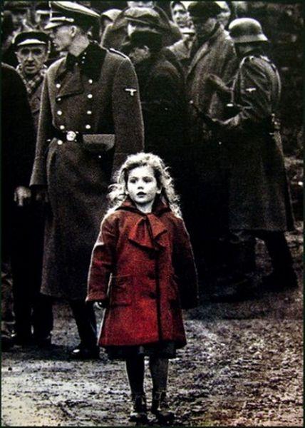 petite fille au manteau rouge [800x600]