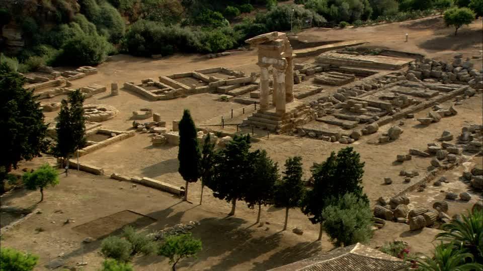 temple-des-dioscures-vallee-des-temples-cypres-antiquite-grecque