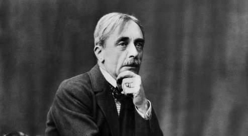 Paul Valery (1871-1945) ecrivain francais vers 1930 --- Paul Valery (1871-1945) french writer c. 1930
