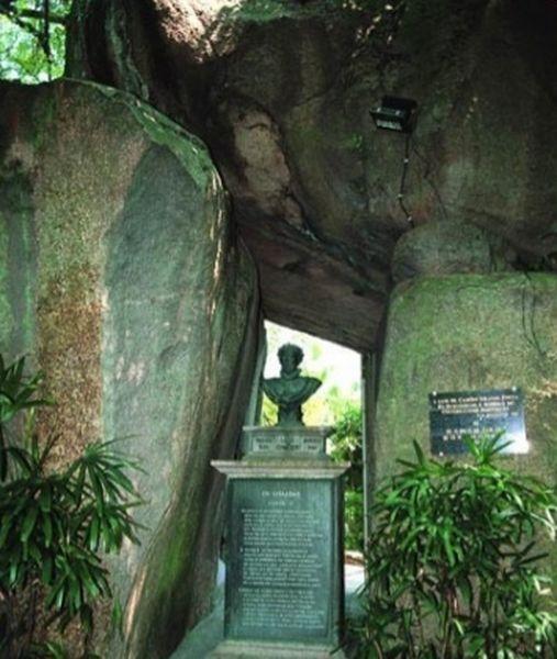 grotte-de-camoes-38-800x600
