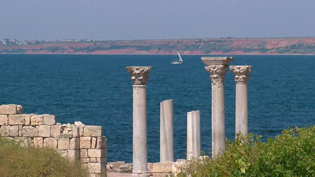 bateau-ruines-temple