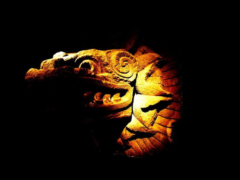 dieu-quetzalcoatl-800x600