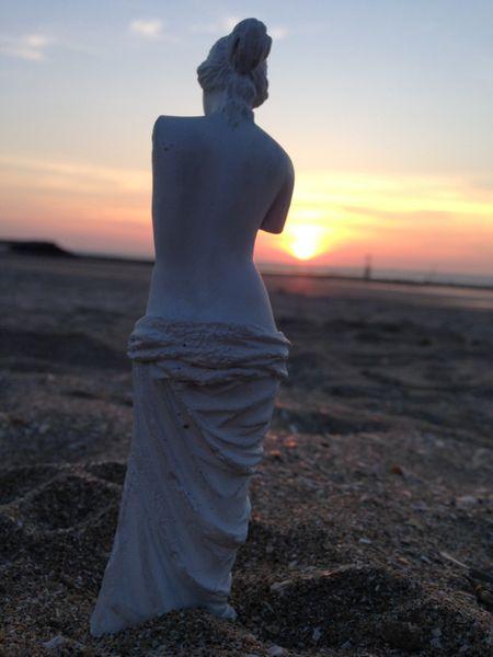 statue-1-800x600